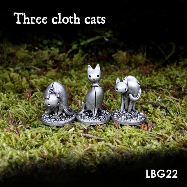 LBG22 Three cloth cats